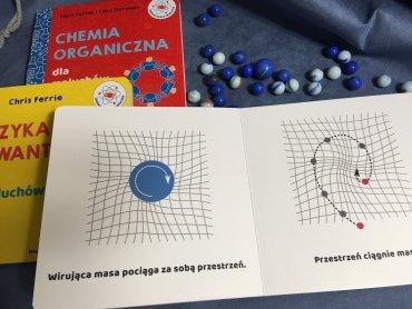 Dzięki książką dzieci poznają wiele naukowych pojęć (fot. Ewelina Zielińska/SilesiaDzieci.pl)