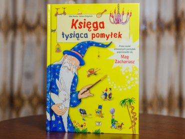 """""""Księga tysiąca pomyłek"""" to książka przede wszystkim do oglądania (fot. Ewelina Zielińska)"""