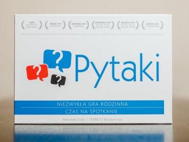 """""""Pytaki"""" to niezwykła gra, która pozwala budować i utrwalać rodzinne relacje (fot. Ewelina Zielińska)"""