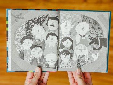 Bohaterami książki są członkowie wielodzietnej rodziny (fot. Ewelina Zielińska)