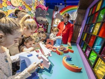 Przez całe wakacje na dzieci będą czekać ciekawe warsztaty (fot. mat. Bajka Pana Kleksa)