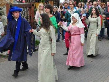 Dwudniowa impreza pełna plebejskich atrakcji czeka na gości Warowni w Pszczynie (fot. materiały organizatora)