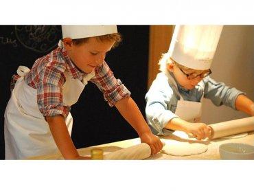 Jak zostać młodym mistrzem pizzy dowiecie się na warsztatch w Sezo'novo (fot. mat. Sezo'novo)