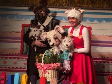 """Spektakl pt. """"Wilk, koza i koźlęta"""", na podstawie baśni braci Grimm, zostanie wystawiony na deskach Teatru Żelaznego (fot. mat. organizatora)"""