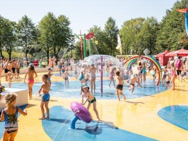 Wodny plac zabaw w Katowicach działa w godz. 9-21 (fot. UM Katowice)