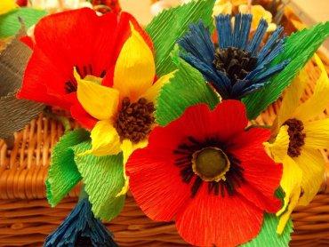 Takie piękne kwiaty będzie można samemu zrobić podczas warsztatów w CH Auchan w Sosnowcu (fot. materiały organizatora)