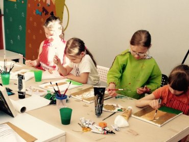 Zajęcia pomogą rozwinąć plastyczne talenty najmłodszych (fot. Gryfne Granie)
