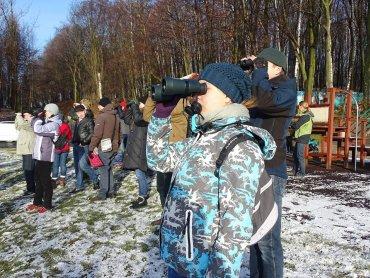 Do obserwacji ptaków mogą dołączyć nie tylko znawcy, ale również każdy, kto lubi kontakt z przyrodą, zarówno dzieci, jak i dorośli (fot. mat. organizatora)