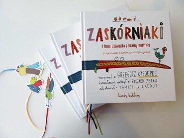 """Warsztaty z oszczędzania na które zaprasza księgarnia Zła Buka noszą taką samą nazwę jak książką o tej tematyce: """"Zaskórniaki i inne dziwadła z krainy porfela"""" (fot. mat. organizatora)"""
